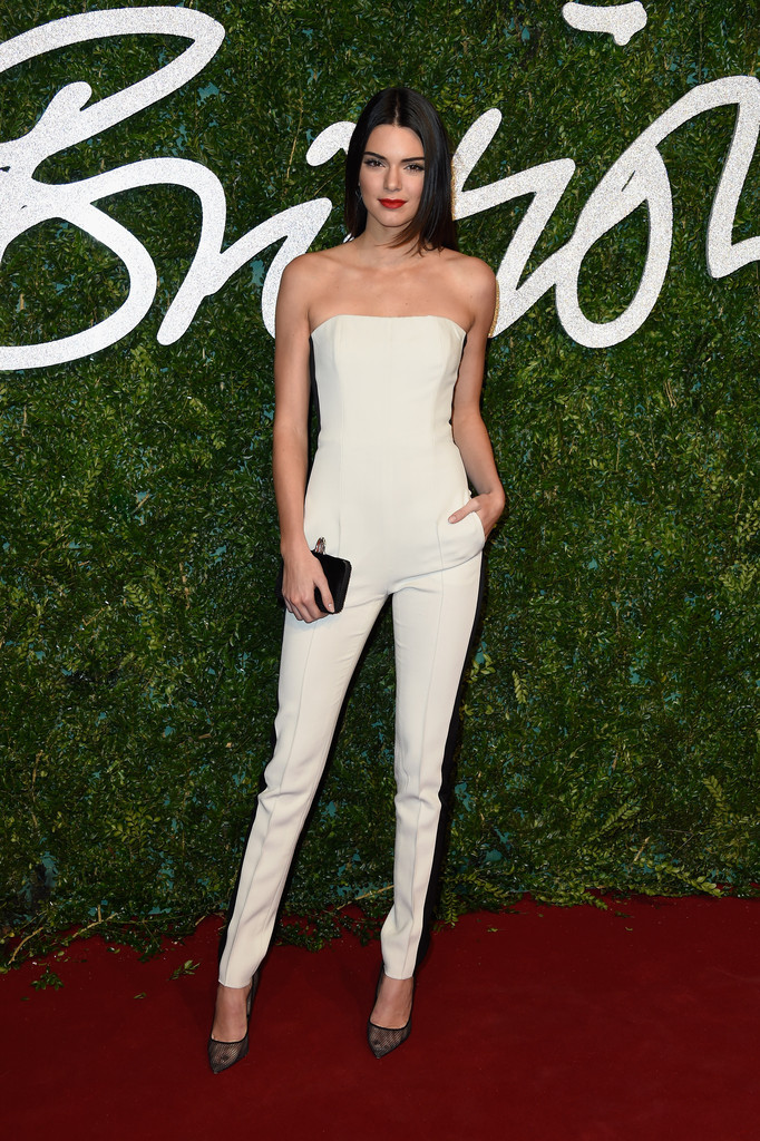 gorgeous kendall jenner outfits red carpet black